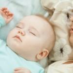 Kako naučiti bebu da spava