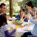 Porodični ručak na dan i problemi nestaju