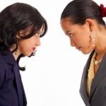 Mozak nam sporije radi ako smo u društvu iritantnih ljudi!