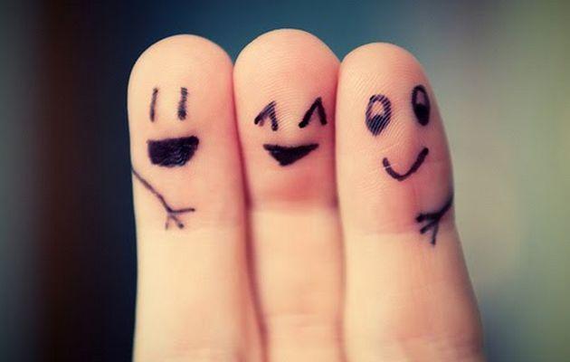 friends-fingers