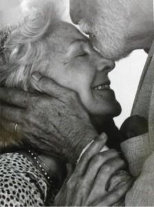 stari sretni par